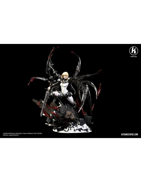 Kitsune Statue - CLARE VS RIGALDO 11