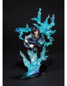 Naruto Shippuden statuette...