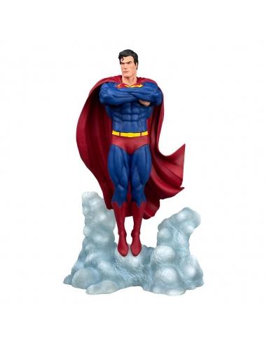 DC Comic Gallery statuette Superman Ascendant